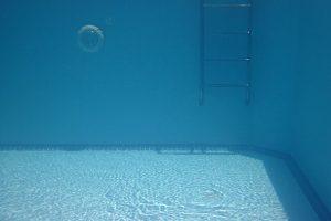 underwater pool